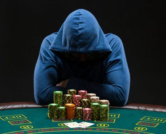 Il profilo del giovane giocatore d'azzardo